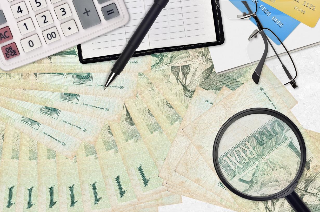 Como enviar dinero a Brasil desde España de forma segura